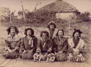 Сколько процентов населения в Японии составляют коренные жители?
